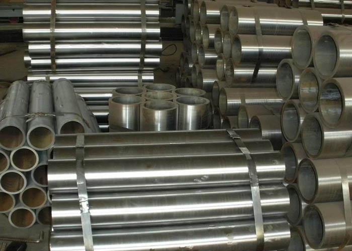 Tubo de acero sin costura ST37.4 EN10305